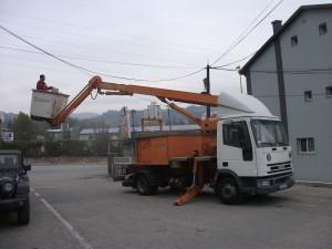 Rukovalac kamionskom dizalicom slika 4